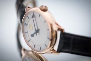 hulsman-timepieces-monochrome